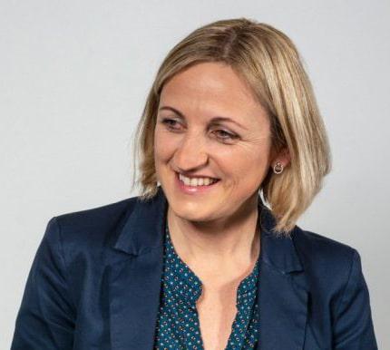 Portrait Isabelle Tourlourat, hypnothérapeute, membre des So'Fizz