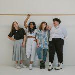 Atelier féminin - portrait de groupe de femmes